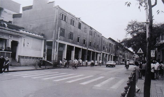 80年代的贵阳市中山路