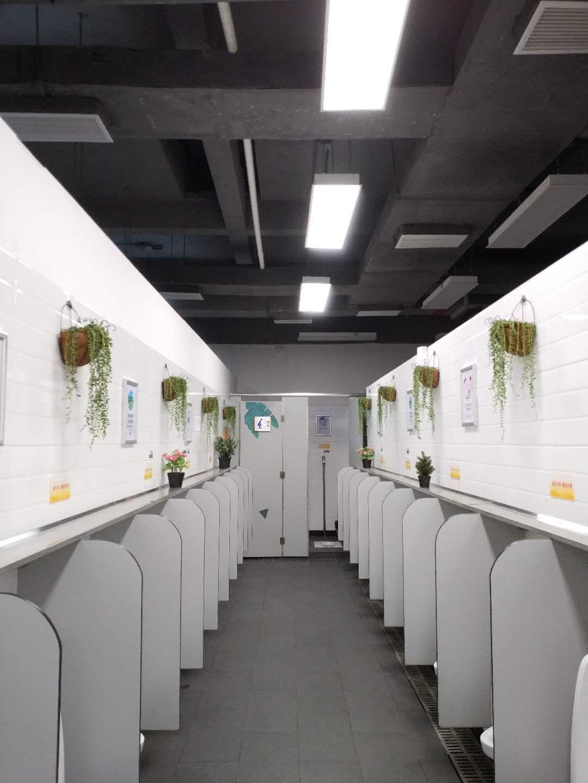 对厕所内三甲胺、甲硫醇、硫化氢,氨气等胺硫气体浓度等数据进行实时监测和报告,为使用者提供直观的参考